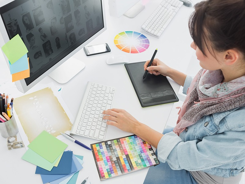Expose Your Business With Web & Graphic Designing